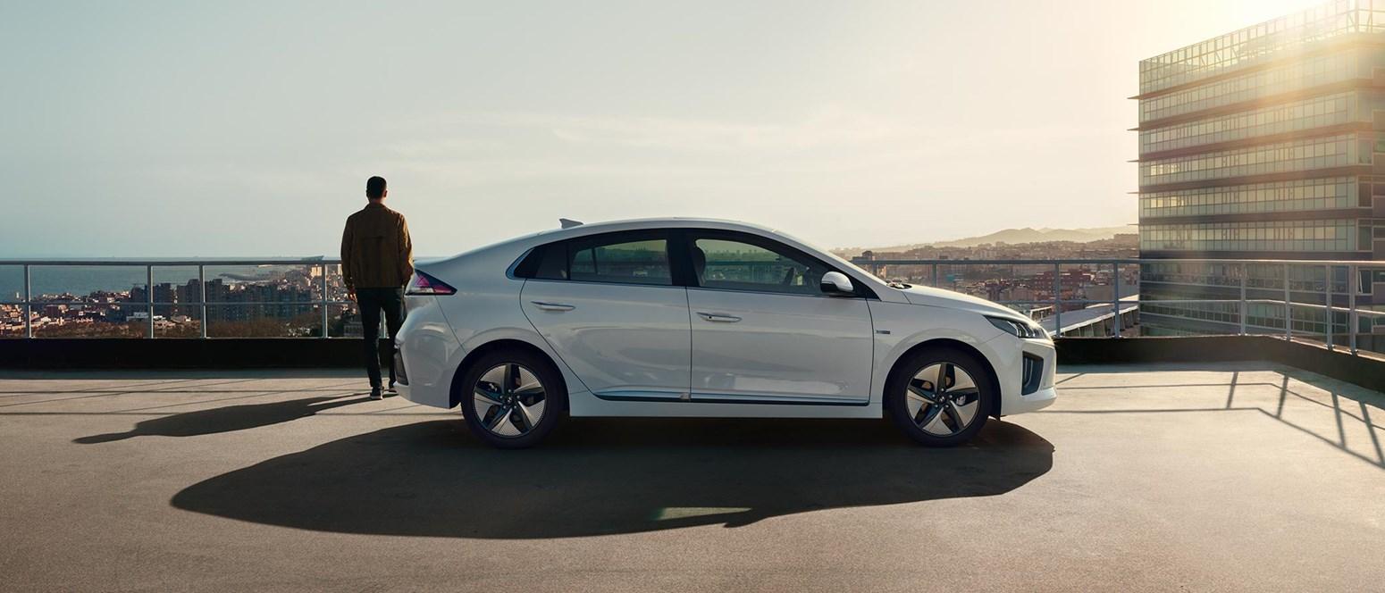Derfor skal du vælge hybridbil - 4 rigtig gode grunde