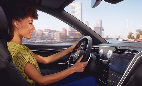 Trådløs Apple CarPlay™ og Android Auto™