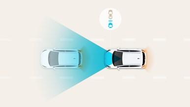 Automatisk nødbremse med fodgængergenkendelse (FCA)