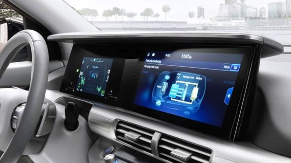 "12.3"" touchskærm med navigation"